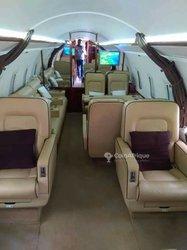 Avion jet privé 2001