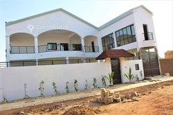 Location villa duplex 05 pièces - Ouaga 2000