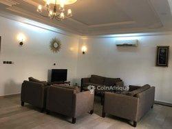 Location appartements meublé 5 pièces - Cotonou