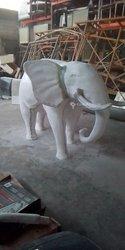 Éléphant en polyester