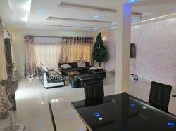 Superbe villa duplex meublée - Agoé Sogbossito