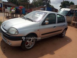 Renault  Clio 2002