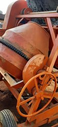 Bétonnière 4 roues
