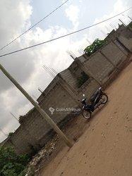 Vente terrain 400m2  à Porto-Novo