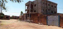 Vente villa duplex R+2 inachevée  - Tampouy