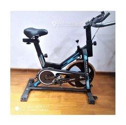 Vélo d'appartement A001 Xl-2