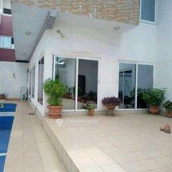 Vente villa duplex 9 pièces - Agoe anouikoui