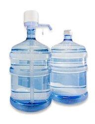 Bombonne d'eau et distributeur