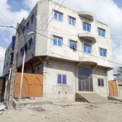 Vente immeuble R+2 - Saint Jean Cotonou