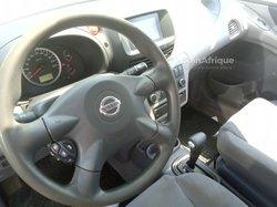 Nissan Tino 2004