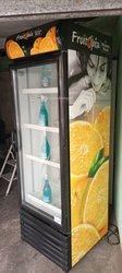 Réfrigérateur vitré - 600 litres