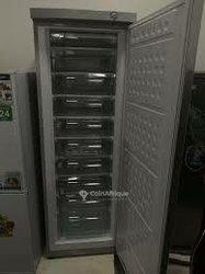 Congélateur vertical Solstar 300l
