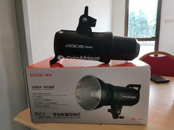Flash studio Godox Sk300ii