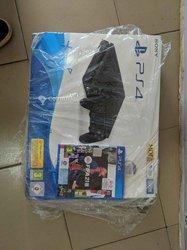 PS4 slim + Jeux