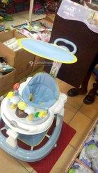 Marche bébé musical balançoire