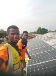 Services d'installation + Equipement solaire