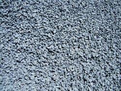 Ciment - gravier - concassé sable - fer - tôles
