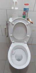 Entretien de bureau  - douches et wc