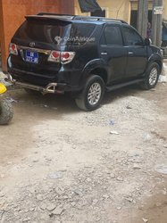 Location Toyota Fortuner