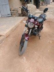 Moto Apsonic Aloba iii 2012