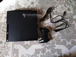 Console Playstation 3 slim - 320 gigas - 26 jeux