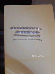 Bijoux en argent blanc