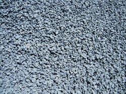 Ciment / gravier / concassé / sable / fer / carreaux