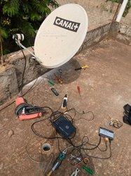 Technicien d'antennes paraboliques