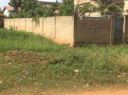 Terrain clôturé  à Agoè