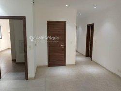 Location appartement 4 pièces - Point E