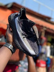 Chaussures Yeezy 350