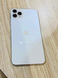 Iphone 11 Pro Max et Samsung Galaxy S20 Plus