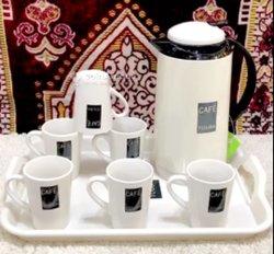 Carafe + 6 tasses et plateau