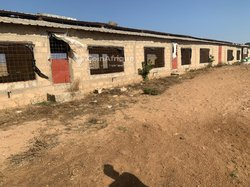 Location poulailler  400 m²   - Ngadiaga