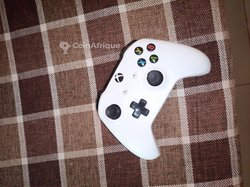 Manette Xbox One S