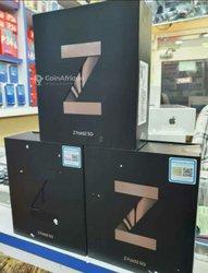 iPhone 12 Pro + Samsung