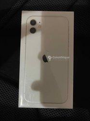 iPhone 11 simple - blanc 64go turbo sim