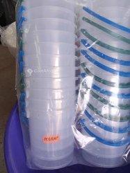 Pots en plastique