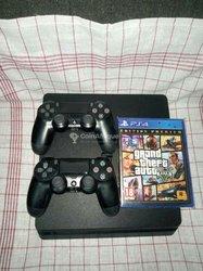 PlayStation 4 Silim