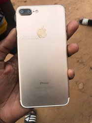 Apple iPhone 7 Plus - 32gigas by-pass