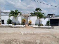 Vente Villa 8 pièces 1061 m² - Cocody Riviera Faya Feh Kessé cité Marina