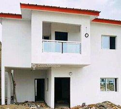 Vente Villa 4 Pièces 250 m² - Riviera 3
