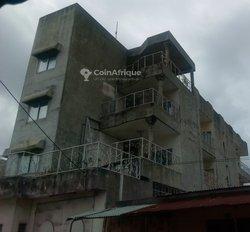 Vente immeuble R+2 - Cotonou Fifadji