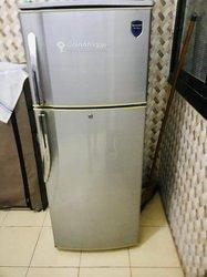 Réfrigérateur combiné Sharp