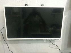 TV Grundig Ultra LED - 32 Pouces