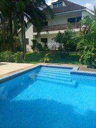 Location Villa 10 Pièces - Cocody