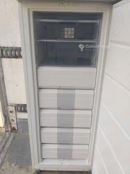 Congélateur coffre - vertical