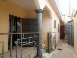 Location villa 3 pièces - Agoé Atiomé