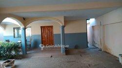 Location villa 4 pièces  - Apedokoe