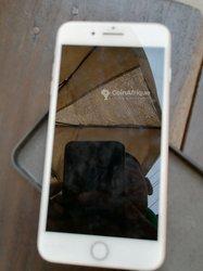 iPhone 8 + - 64go